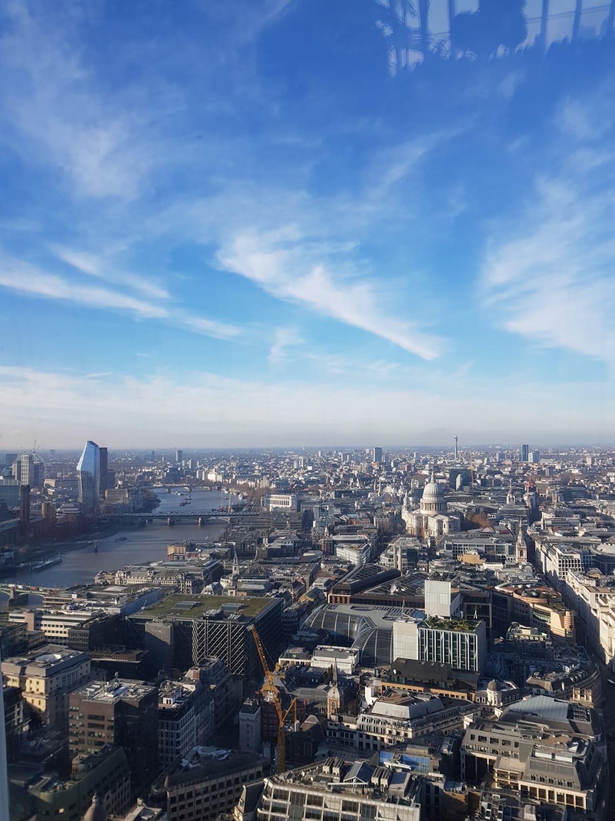 Blick auf London City und St. Pauls Cathedral
